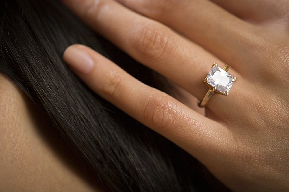 Diamond Size Chart & 4 More Tools You Shouldn't Shop Without