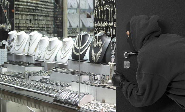 What to Do Before, During, and After a Jewelry Store Robbery