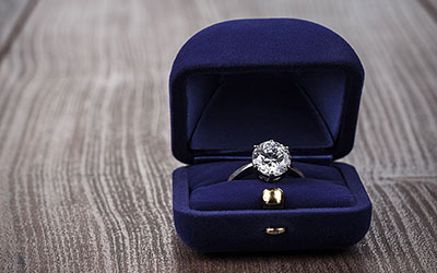 5 Things You Need to Know About Insuring an Engagement Ring