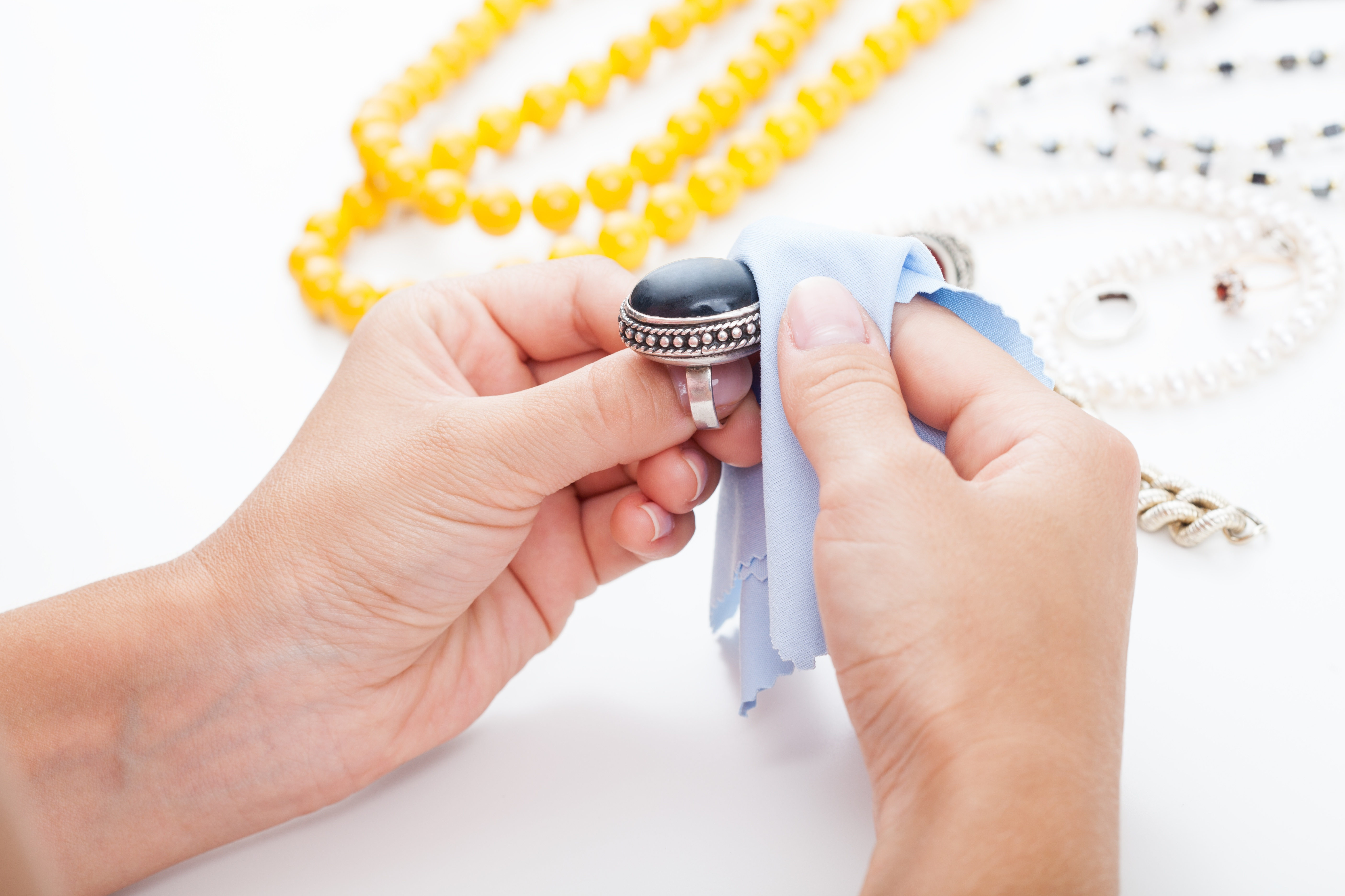 Using a Homemade Jewelry Cleaner? Avoid These 3 VIDEO